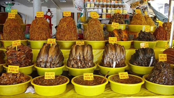 Cửa hàng bán mắm tại Châu Đốc