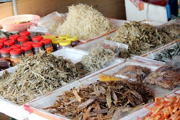 Cửa hảng bán đồ khô An Giang